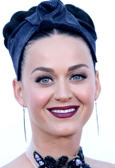 Katy Perry Age, Height, weight personal life, Net Worth, boyfriend, Husband, Spouse