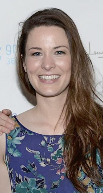 Carly Ritter Net Worth, Bio, Wiki, Age, Wedding, Daughter, Husband