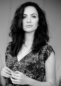 Kate Siegel Wiki, Bio, Family, Career, Personal life, Facts, and Social life