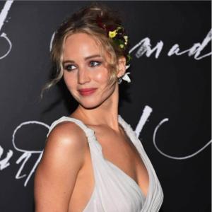 Jennifer Lawrence Bio, Career, Age, Height, Dating, Net Worth, Oscar, Wiki